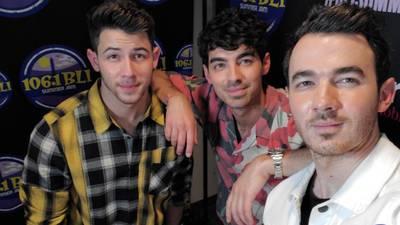 BLI Summer Jam Rewind Backstage Selfie Cam