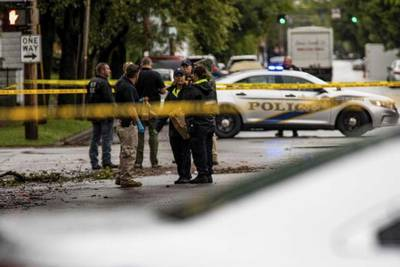 1 student killed, 2 injured in drive-by shooting at Louisville school bus stop